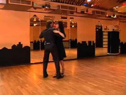 Discofox Drehung-Rechts - Get the Dance (getthedance.com)