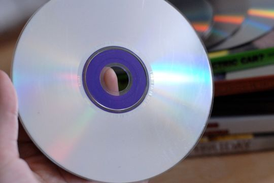 How to remove dvd scratches with a banana repair for Classic house cd