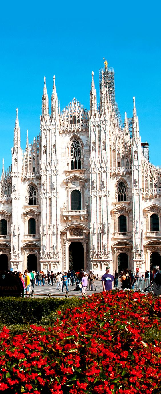 Milan Famous Cathedral (Duomo), Italy    |     Copyright: colores | via shutterstock