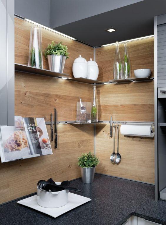 Einrichtungsideen küche modern  3 Tricks für mehr Platz: So genial kann man eine kleine Küche ...