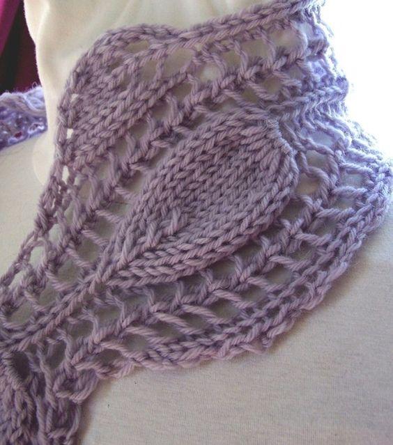 Bufanda rosa victoriana es un proyecto de bufanda rápida que puede tejer en cualquier tipo de hilo. Sería maravilloso en un peso de algodón o: