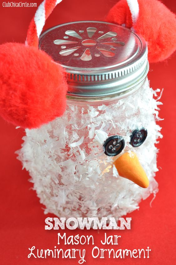 This Christmas mason jar can double as a cute ornament, holiday decoration, or glowing luminary.