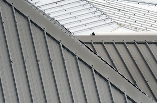 In This Comparison Guide You Will Find The Pros And Cons To Help You Decide Whether To Install A Metal Roo Metal Roof Cost Metal Roof Coating Roof Installation