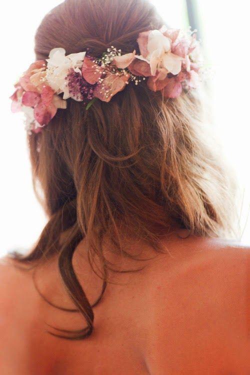 7 tiendas donde comprar coronas de flores para novias - Bodas con detalle - Blog especializado en bodas | por Rebeca Ruiz