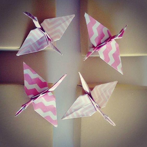 Paper cranes.  #origami#origamis#papiroflexia#dobradura#papercrane#grulla#grulladepapel#diseno#design#deco#packaging by anaquinosdepapel