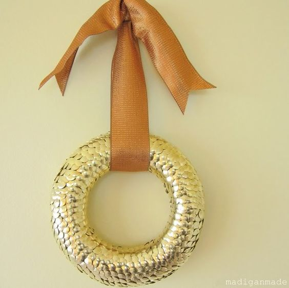 Thumbtack Wreath: