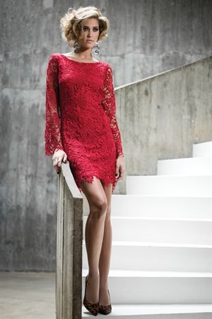 Vestido Curto Manga Longa Renda Vermelho - roupas-festas-iorane-f-vestido-curto-manga-longa-renda-vermelho Iorane