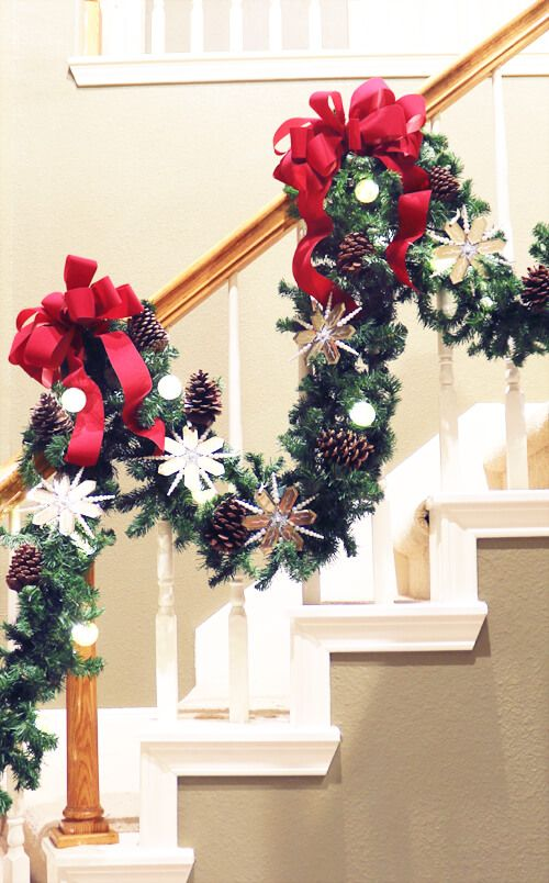 How To Decorate Garland On A Staircase Christmas Garland