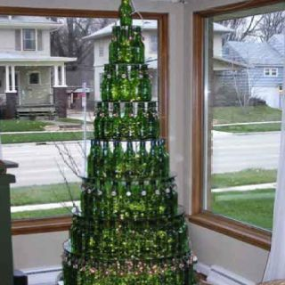 Wine bottle Christmas tree!: Beer Bottle, Wine Bottle, Christmas Idea