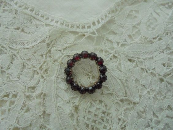 Antique garnet brooch  pin needed by Nkempantiques on Etsy
