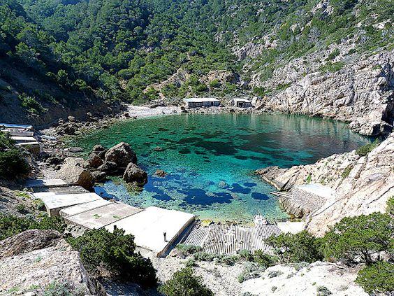 Portitxol, Ibiza, Spain. La otra cara de Ibiza, playas de Ibiza, rincones de Ibiza, paisajes de Ibiza, Cala Conta Ibiza, Ibiza isla blanca, sitios que visitar en Ibiza, Ibiza beaches, Ibiza white island, places to go in Ibiza. #LaOtraCaraDeIbiza