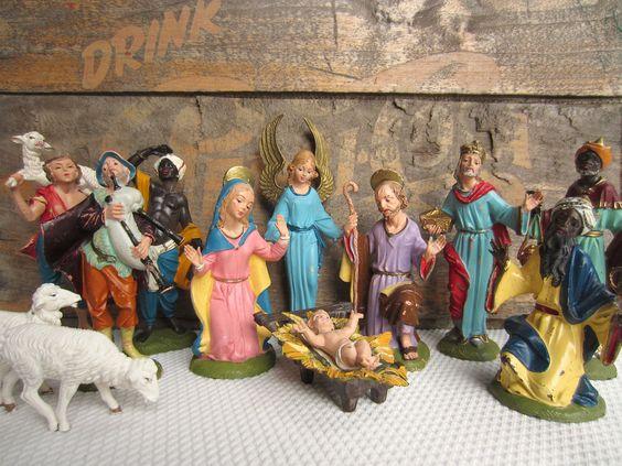 Vintage Nativity Creche 17 Pieces Depose Italy Spider Mark Fontanini. $130.00, via Etsy.