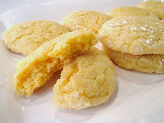 Delicious Gooey Butter Cookies Recipe!! Very easy to make! I loved them!! They're EXQUISITE!!
