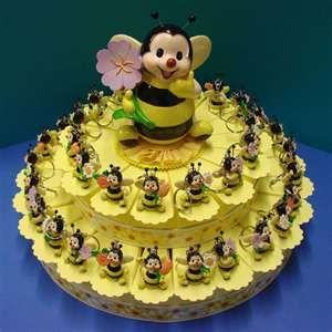 Bee favor cake