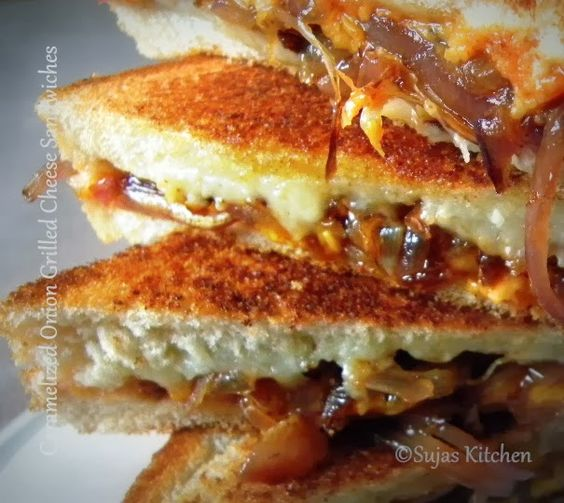 Sweet & Spicy Caramelized Onion Grilled Cheese Sandwiches ...