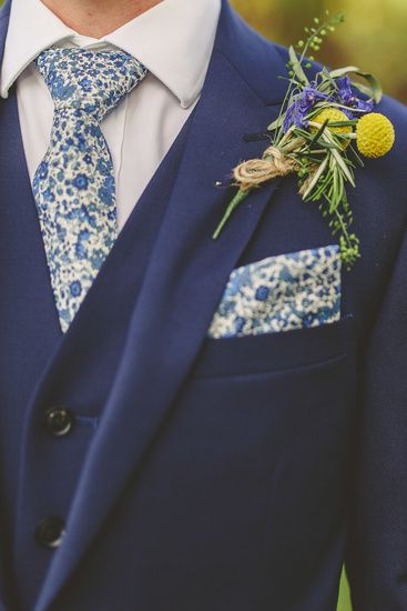 Stunning Liberty print tie and pocket square with buttonhole by The White Horse Flower Company, Berkshire, UK. Photo by Benjamin Stuart Photography @libertylondon @whfco #groom #suit #weddingflorals