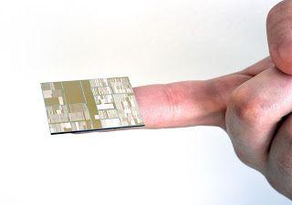 Algo real y virtual: IBM fabrica el primer chip funcional de 7 nanómetr...