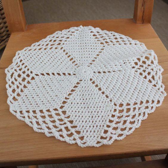 Crochet Heart Patterns For Beginners : beginners red heart crochet doilies pattern Free Crochet ...