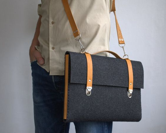 MacBook 15 Pro case sleeve satchel briefcase dark grey industrial felt with leather handle handmade by SleeWay Studio designers