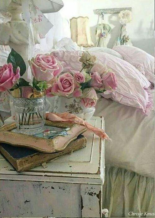 Quadro moderno su tela dalla elegante finitura opaca,. Pin By Babut On Beautiful Shabby Chic Interior Design Shabby Chic Room Shabby Chic Bedding Shabby Chic Bedrooms