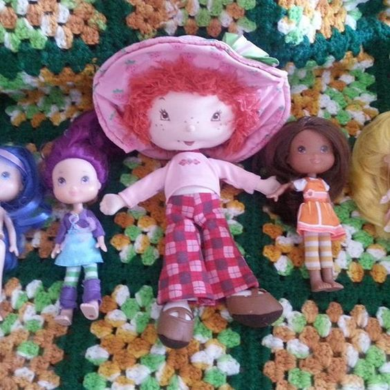 strawberry short cake dolls All shows some wear. There clothes shows wear. For sale all for $14.00 plus $8.00 shipping.