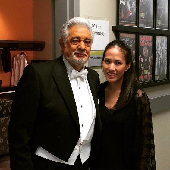 Después de tres galas! Con el maestro! Único! After three galas with the one and only maestro! #placidodomingo #laopera #lao30 #opera @instaclassical #operalover #werk @laopera