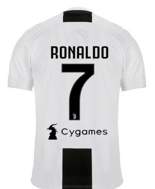 Pin di Cristian Pavone su maglie   Ronaldo, Juventus, Maglia