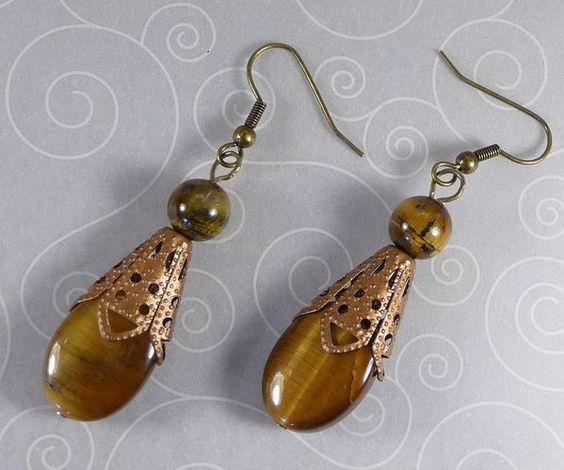 'Tiger Eye earrings' is going up for auction at  9pm Tue, Jul 17 with a starting bid of $5.