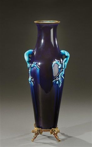 Theodore Deck (français, 1823 - 1891) Titre : Rare vase , vers 1880 - 1890 Support : enameled ceramic, bronze Taille : 34 cm