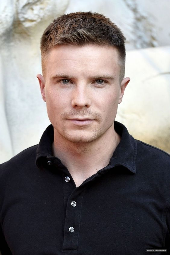 Joe Dempsie | Blue Eyes | Pinterest | Joe dempsie, Love ...
