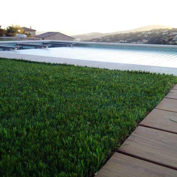 Gazon synthétique Green touch pour piscine