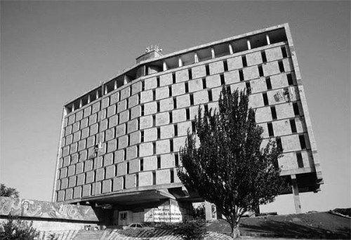 Hotel Turist Hotel Karabakh From 1989 Baku Azerbaijan Built 1975 Demolished In 2002 Architect Vadim Shulgin E Melkhised Building Skyscraper Architect