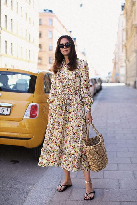 Floral dress + things sandals + straw bag + Shell anklet