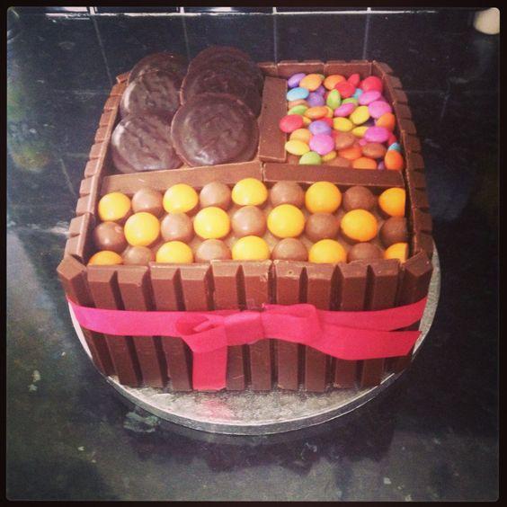 Chocolate basket cake
