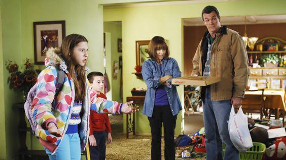 the middle   Na volta de The Middle, os pais que mandam em casa. Ou melhor, pensam ...