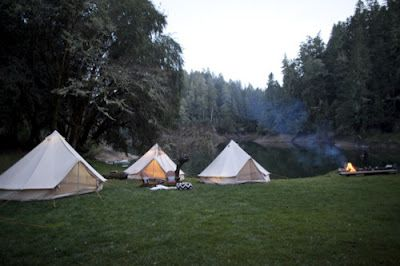 shelter co sets up a camp at the destination of your choice