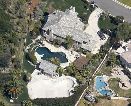 photo: house/residence of cool attractive talented  140 million earning Carlsbad, California, United States-resident