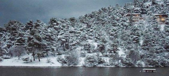 EPIRUS TV NEWS: Σε κλοιό χιονιά ξανά η Ελλάδα -Πού θα χτυπήσει η κ...