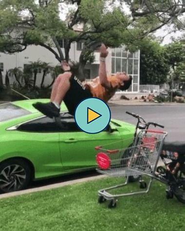 cambalhota em um carrinho de compras