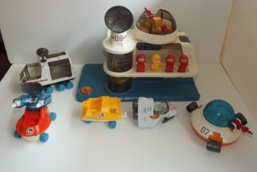 Playmates Playworld Space Station w Astronauts Commander Rover Vehicles | eBay