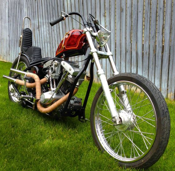 2004 s&s shovelhead in paughco frame. This is mine and my husbands latest build.