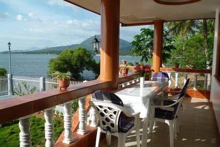 Regardez ce logement incroyable sur Airbnb : Biliran Paradise Sea Houses - maisons à louer à Naval