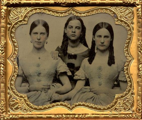 3 sisters:
