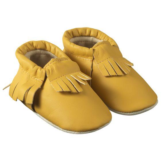 Chaussons à franges Jaunes > http://www.tichoups.fr/chaussons-cuir-souple-a-franges-1/chaussons-bebe-a-frange-jaune.html