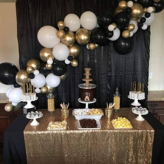 30 Awe Inspiring Graduation Party Ideas And Inspirations For Your 2019 Graduate In 2020 Graduation Party Backdrops Gold Graduation Party Graduation Party Centerpieces