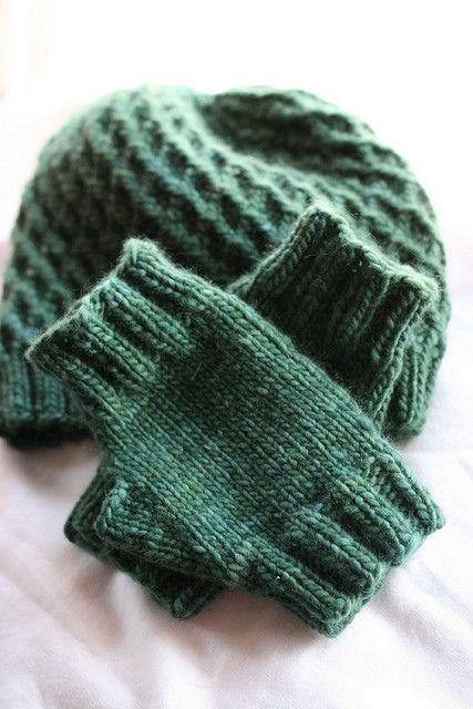 Fingerless Gloves Knitting Pattern Ravelry : Ravelry: 75 Yard Malabrigo Fingerless Mitts pattern by Jeanne Stevenson Kni...