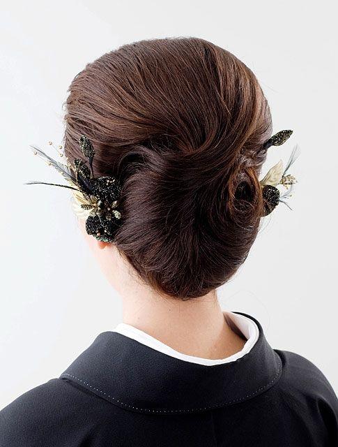 上品で控えめな50代アップの結婚式の髪型 結婚式 髪型 ヘアスタイル 訪問着 髪型 髪型 結婚式 髪型