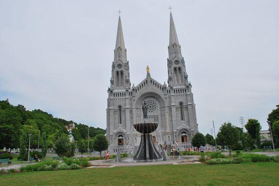 Sanctuaire de Sainte-Anne-de-Beaupré. magnificent church