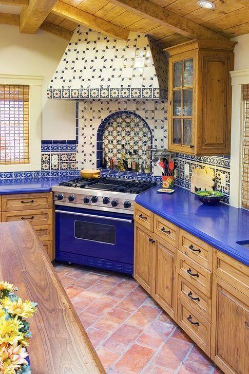 Awesome Spanish Kitchen Design Ideas To Inspire You 16 In 2020 Spanish Style Kitchen Spanish Kitchen Kitchen Design