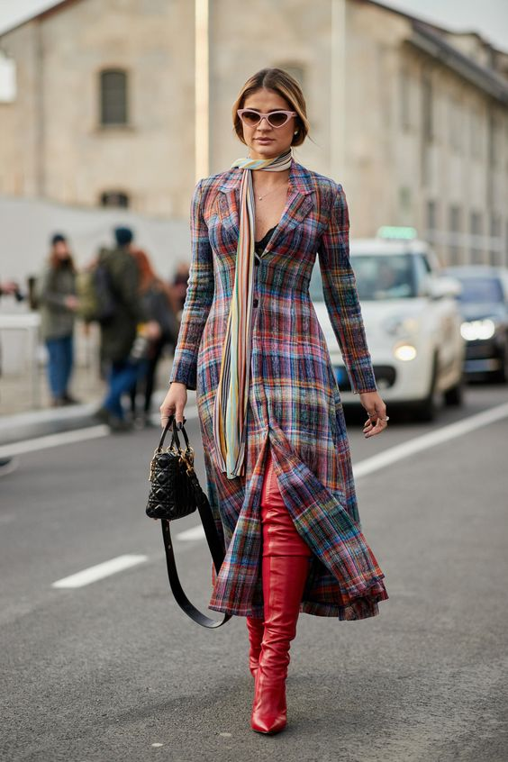 Milan Fashion Week -- Street Style